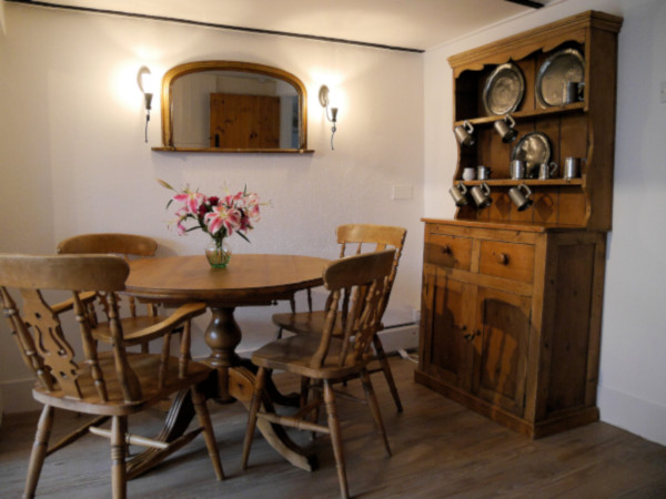 Inglenook Cottage kitchen and dining area
